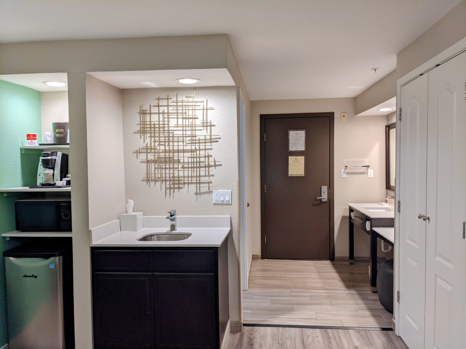 Yosemite Southgate - All Rooms Feature Keurig K Cup Coffee Makers