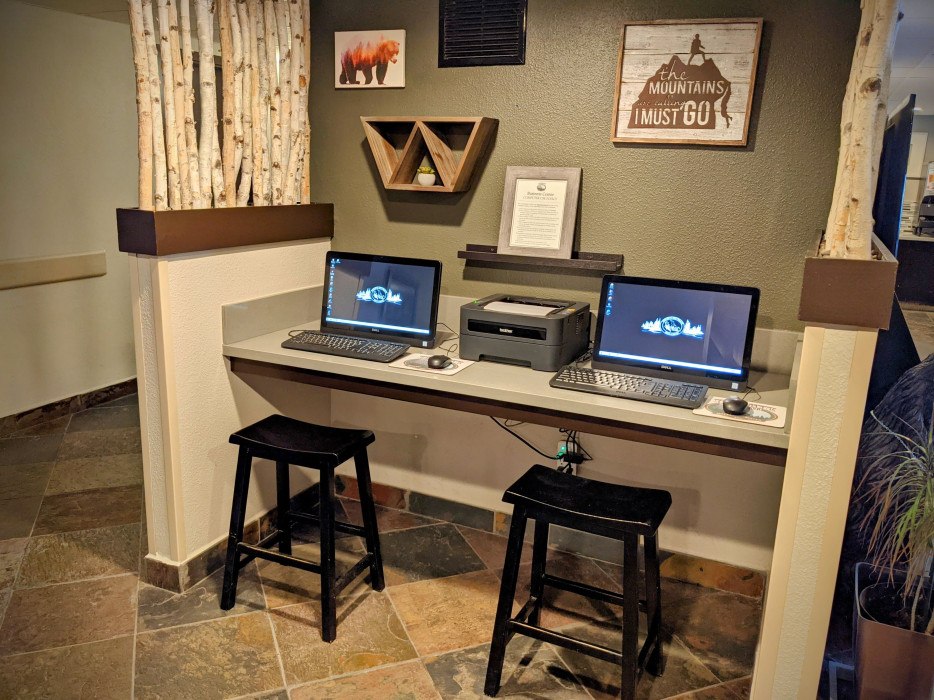 Yosemite Southgate - Business Center with Printer