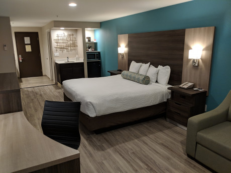 King Standard Room Perfect for Couples