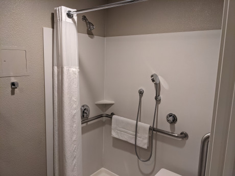 Shower Wand in King Accessible w Roll in Shower